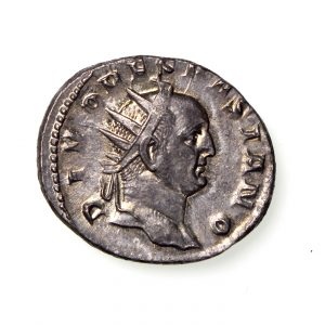 Divo Vespasian Silver Antoninianus (struck under Trajan Decius) 249-251AD-14595