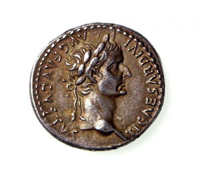 Tiberius Silver Denarius 14-37AD lovely coin-18459