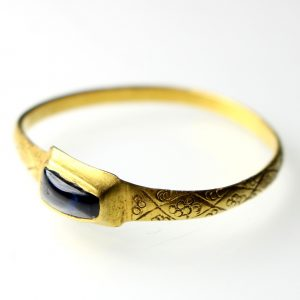 Gold Finger Ring 14/15th Century AD set with a large Sapphire -0